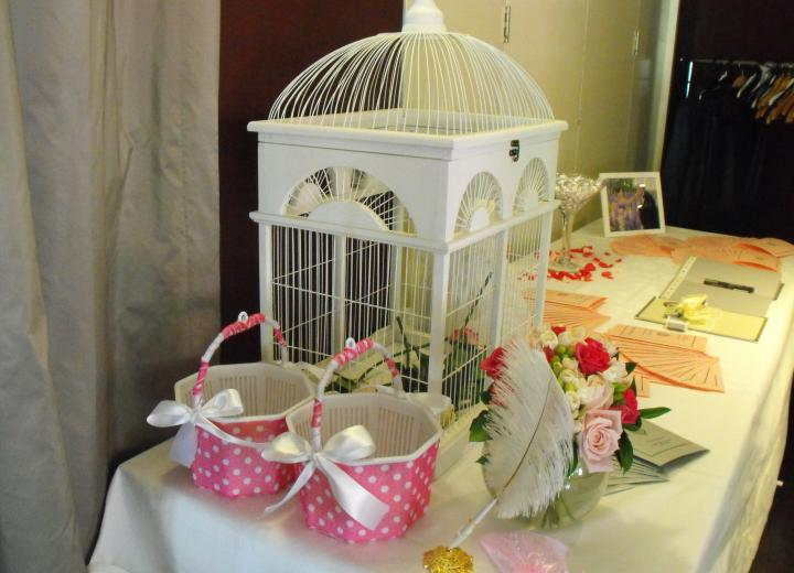 Birdcage, Large White